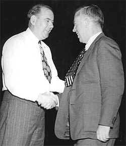 Wallace (right) and UE Pres. Albert Fitzgerald